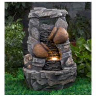 Kjøp en dekorativ vannfontene til hagen og få både lys og vann for ...